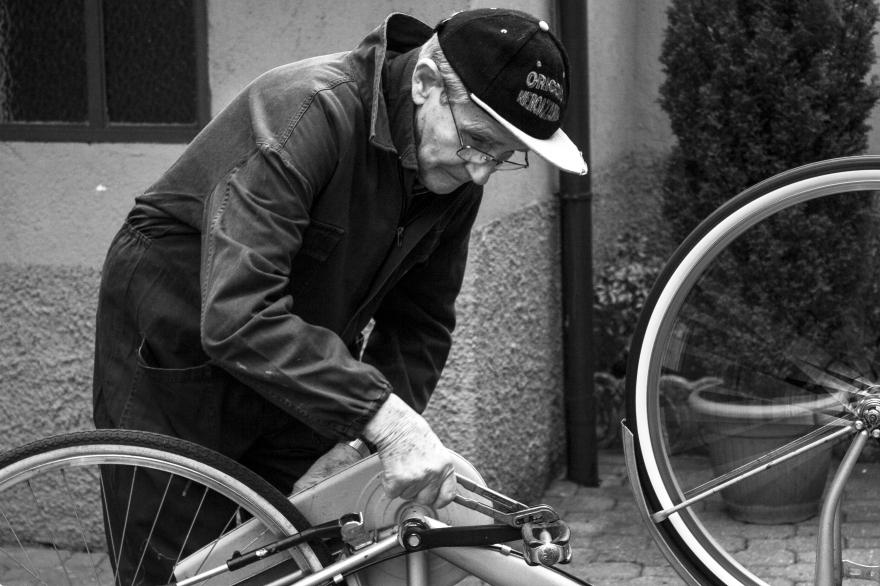 9°_ Aggiustare le bici
